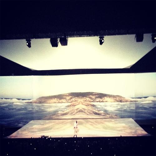 Kanye-Revel-Stage