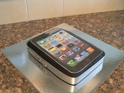 phone birthday cake
